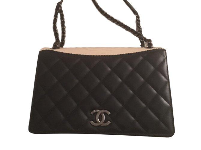 Sacs à main Chanel Édition limitée 2016 Cuir Noir ref.40495