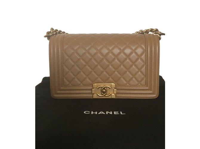 e12ad66712ff Chanel Le Boy Handbags Lambskin Beige ref.40604 - Joli Closet