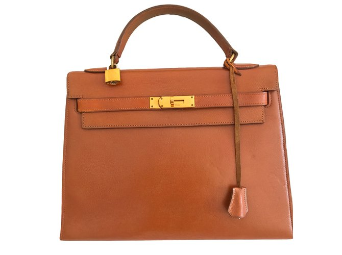 Hermès Handbags Handbags Leather Light brown ref.41333