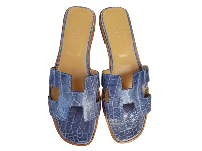 Leather In Blue Exotic Hermès Oran Crocodile Sandals Flat POXuikZ