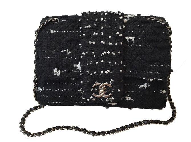 c8ac24089df6 Chanel Classic tweed bag Handbags Tweed Black ref.41893 - Joli Closet