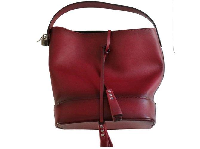 955c13c2d0d5 Louis Vuitton iDOLE Nn14 Handbags Leather Red ref.41959 - Joli Closet