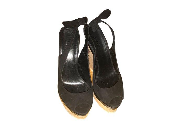 uk availability 3de29 4fdc1 Sandals