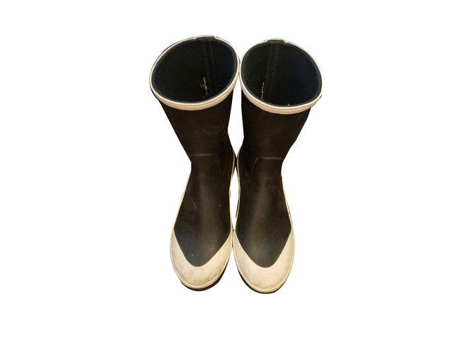 Bottes Chanel Bottes de pluie Caoutchouc Noir ref.42123 - Joli Closet 2203114a470