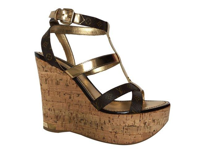 82abdc485 Louis Vuitton Sandals Sandals Leather Ebony ref.42628 - Joli Closet