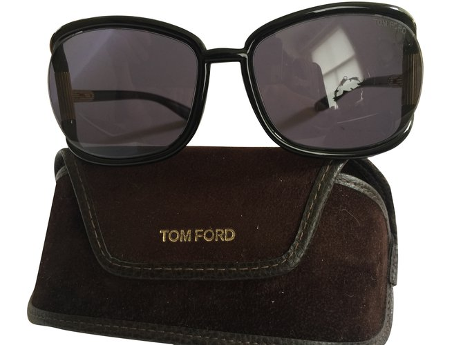 4cf589293212 Tom Ford Genevieve Sunglasses Plastic Black ref.42843 - Joli Closet