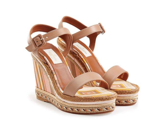 7e8add1a22a Valentino Sandals Sandals Cloth Beige ref.42846 - Joli Closet
