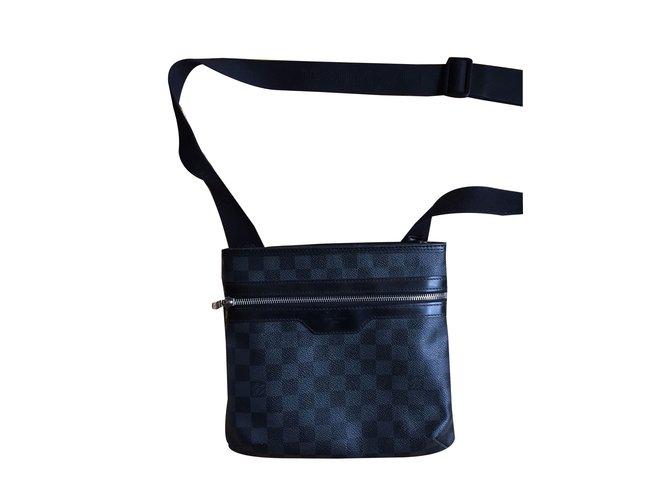 ac2fd51933 Sacs Louis Vuitton Pochette Homme Louis Vuitton Damier Cuir,Toile Noir  ref.42963