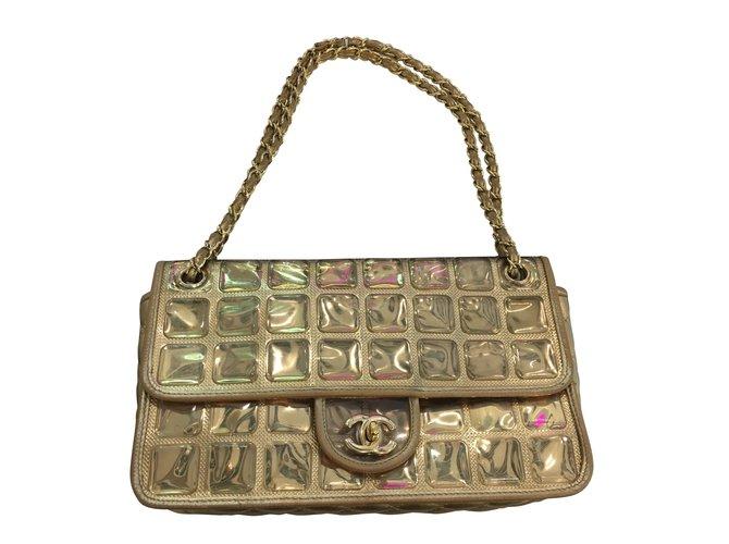 de33b034a66b Chanel Golden ice cube Handbags Lambskin Golden ref.43146 - Joli Closet