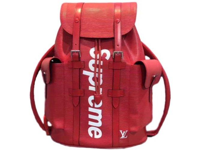 sacs dos autre marque louis vuitton x supreme sac dos cuir rouge joli closet. Black Bedroom Furniture Sets. Home Design Ideas