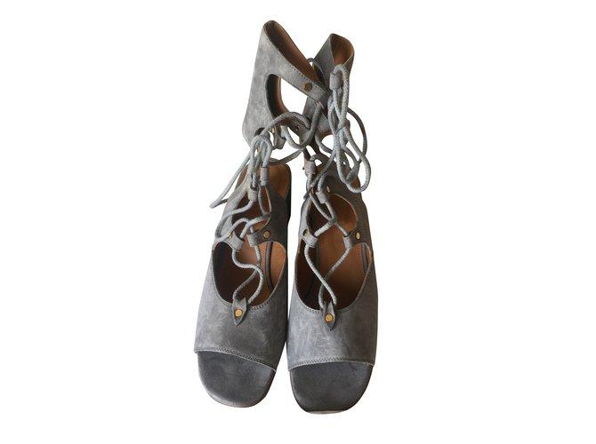 Chloé Sandals Sandals Deerskin Grey ref.44253