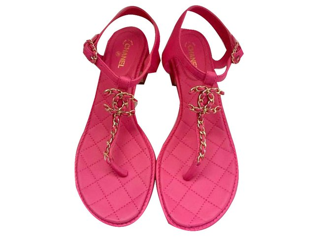 0f2edda947b9 Chanel Sandals Sandals Leather Pink ref.44524 - Joli Closet