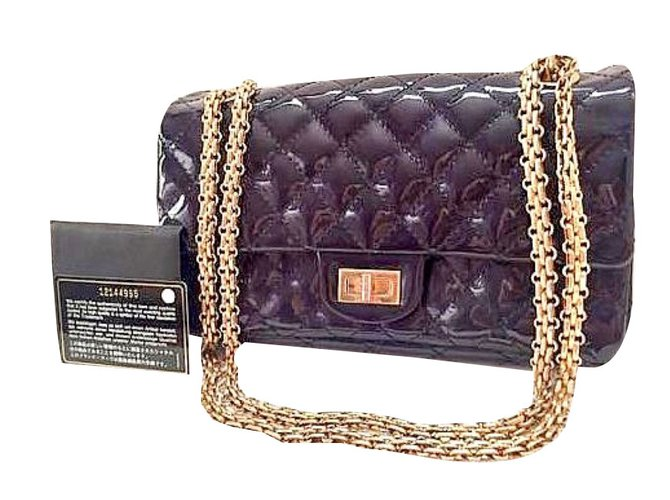 21065ab689aa11 Chanel 2.55 Handbags Patent leather Navy blue ref.45207 - Joli Closet