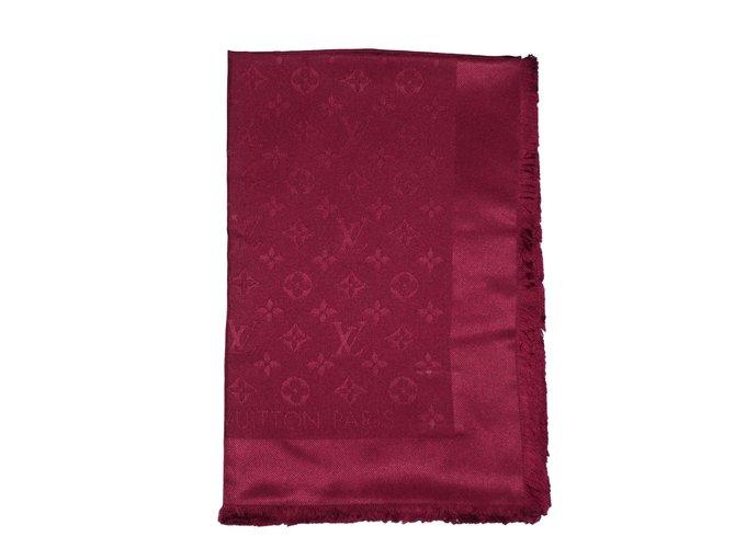 Carrés Louis Vuitton Foulard Soie Bordeaux ref.46146 - Joli Closet 1a6770e8b78