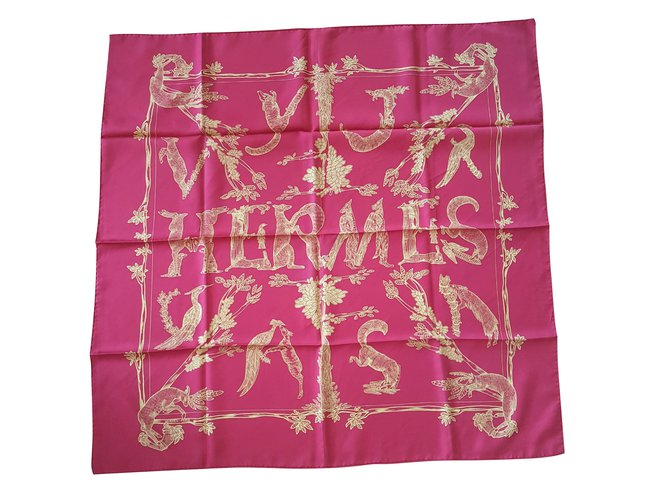 Hermès Les Animaux de la Foret Silk scarves Silk Multiple colors ref.46297