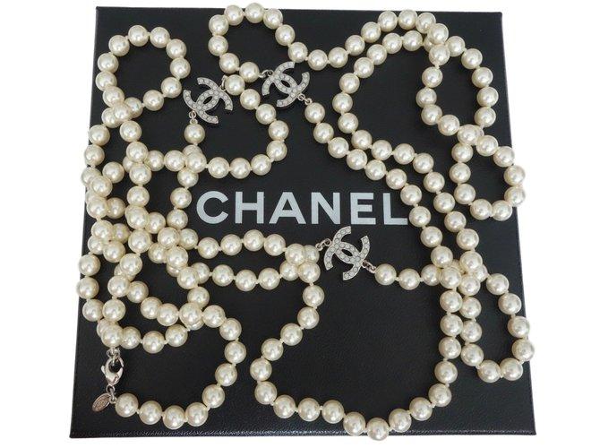 Sautoirs Chanel SAUTOIR CHANEL BLANC Perle Blanc ref.47140