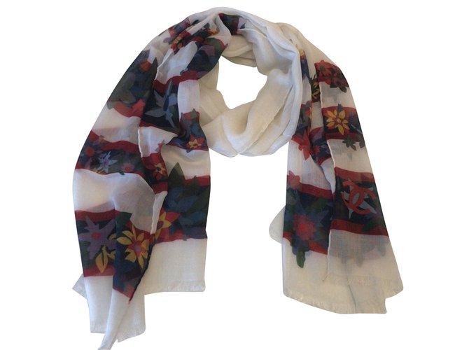 Chanel Cashmere scarf Scarves Cashmere Cream ref.47257