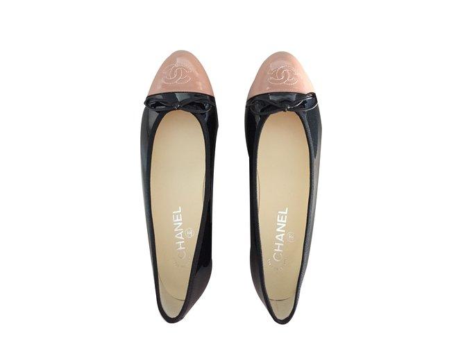 c9da98268989 Chanel Ballerinas Flats Patent leather Black ref.48406 - Joli Closet