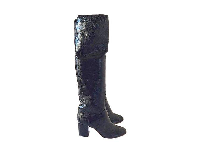 394ab8a9c Chanel Boots Boots Patent leather Black ref.48801 - Joli Closet