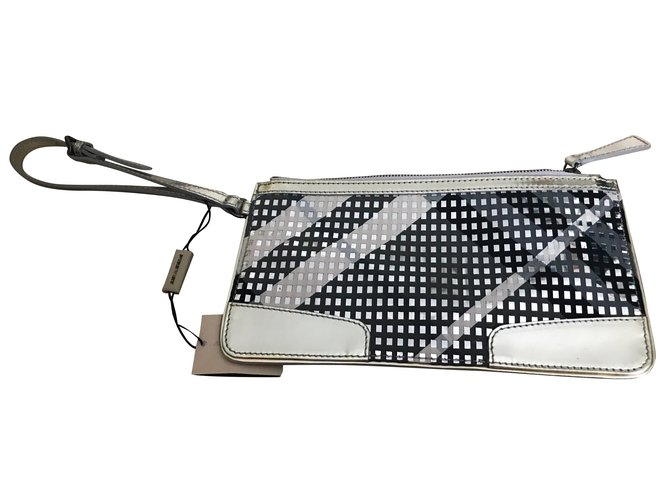 32e672f5fa3 Burberry Clutch bag Clutch bags Leather,Patent leather,Cloth Silvery  ref.49077