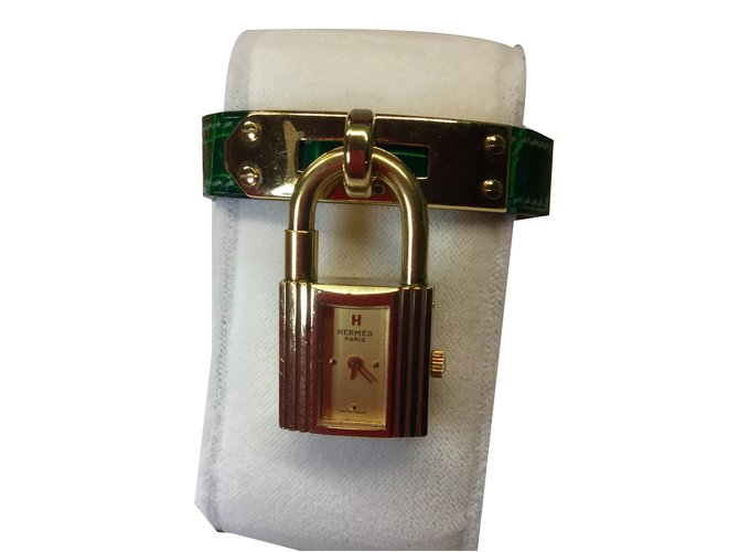 a7b0e1a3ff4 Hermès Vintage Hermes Kelly lock watch Fine watches Gold-plated Golden  ref.49143