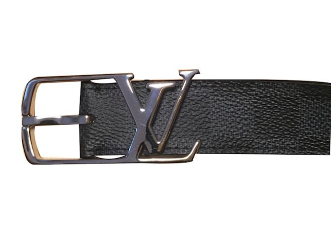 Ceintures homme Louis Vuitton Ceinture Cuir Noir ref.49650 - Joli Closet e8e36924a8f