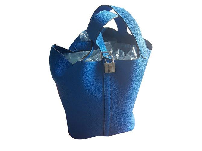 Sacs à main Hermès Picotin lock 22 bleu hydra Cuir Bleu ref.49688