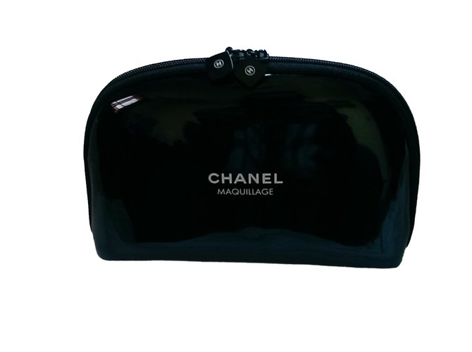 d671eb2e4d42 Chanel Purses, wallets, cases VIP gifts Other Black ref.49918 - Joli ...