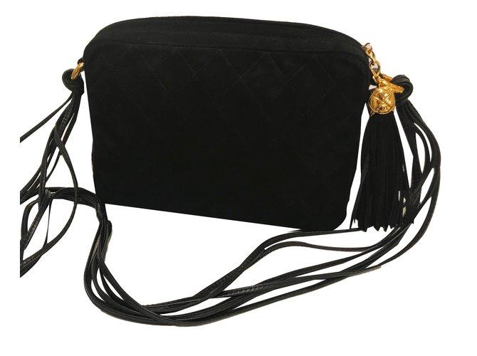 65fc23004c37 Chanel Gorgeous Chanel Vintage Camera Bag in Black Suede Handbags Suede  Black ref.50645