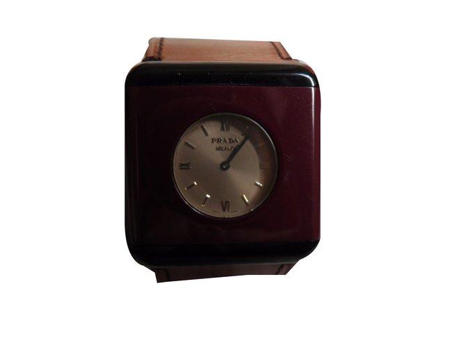 Montres Prada Montre Autre Multicolore ref.50712 - Joli Closet fa28d92b354