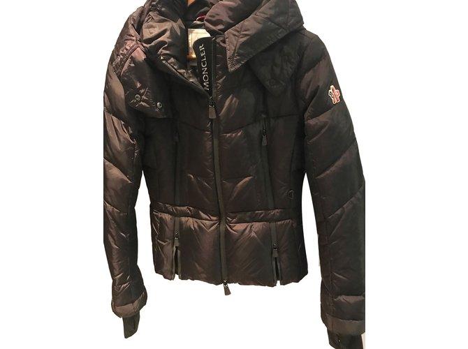 8554b01eb0e1 Moncler Moncler ski jacket in size 1 Jackets Polyester Black ref ...