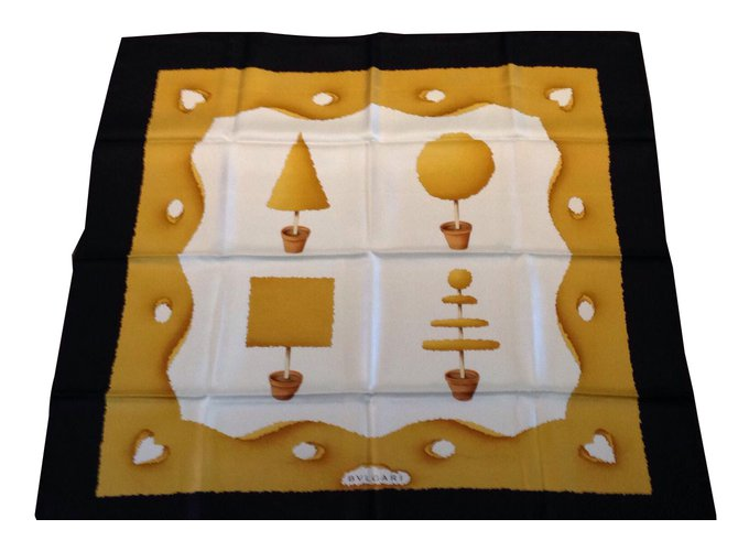 Foulards Bulgari bulgari foulard Soie Blanc ref.51757 - Joli Closet 5b36fc84996