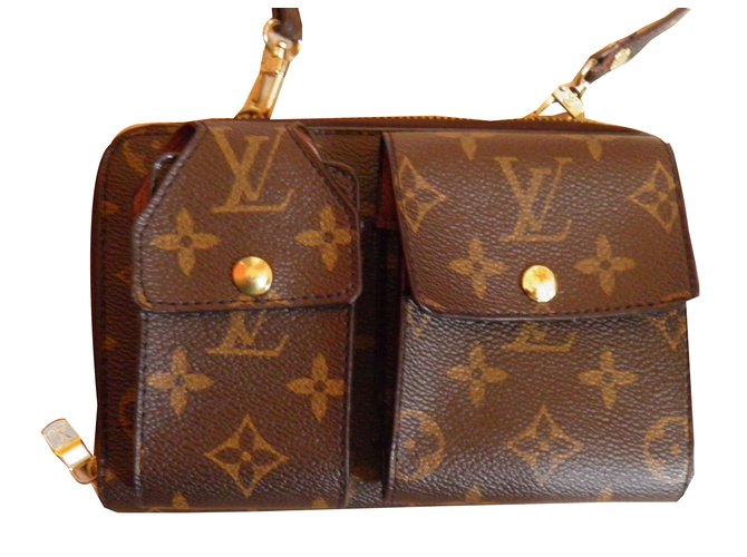 0a5a59d96b99 Louis Vuitton wallet on chain Wallets Cloth Brown ref.52236 - Joli ...