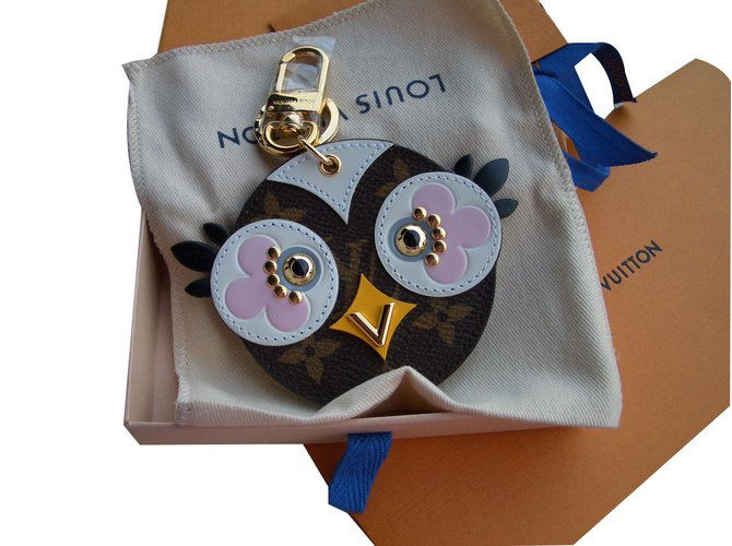 Petite maroquinerie Louis Vuitton Lovely Birds bag charm Cuir Multicolore ref.52430