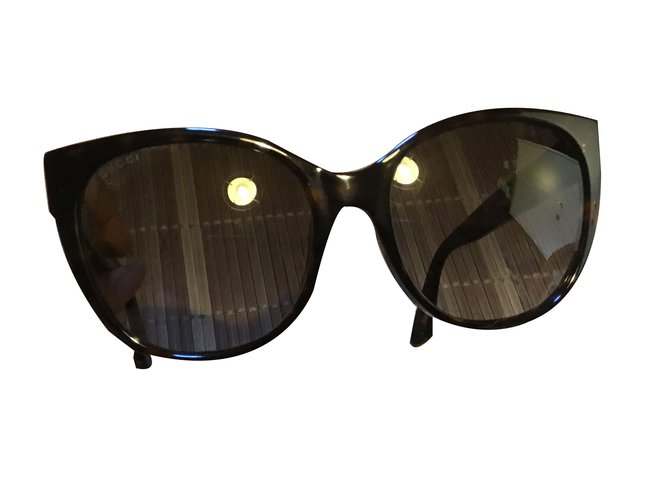 56d41c209a1 Gucci Sunglasses Sunglasses Other Dark brown ref.53269 - Joli Closet
