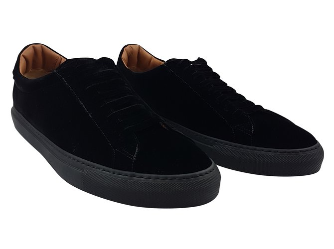 Givenchy Givenchy Suede Sneakers Black