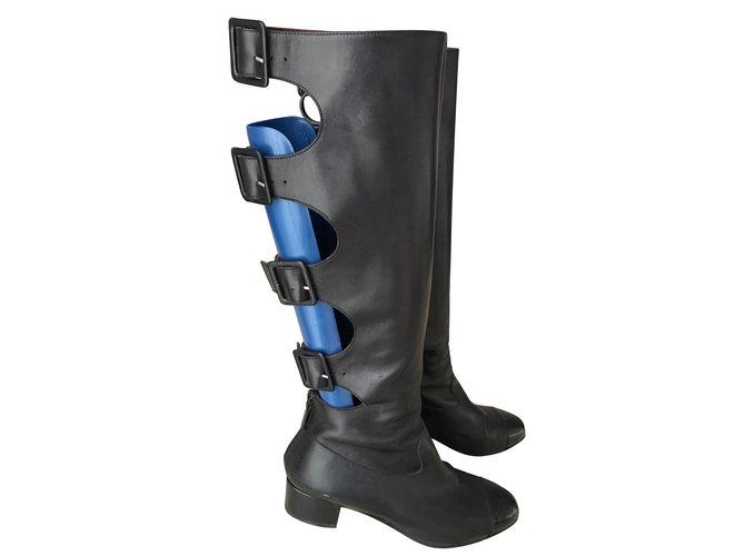 8d14de3c6 Chanel Boots Boots Leather Black ref.53985 - Joli Closet