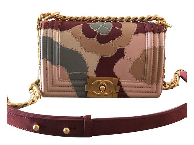 Sacs à main Chanel chanel boy camelia Cuir Rose ref.54153