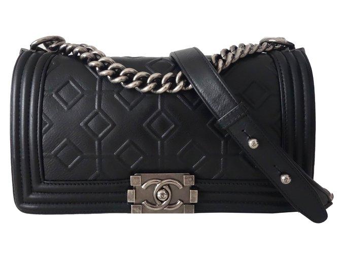 Sacs à main Chanel SAC CHANEL BOY CUIR NOIR Cuir Noir ref.54245