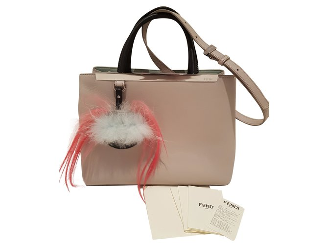 26f3174fff84 Fendi 2 Jours Handbags Leather Grey ref.54292 - Joli Closet
