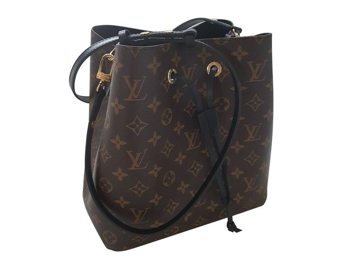 c4810d76b398 Louis Vuitton Noé Bag Handbags Cloth Light brown ref.54428 - Joli Closet
