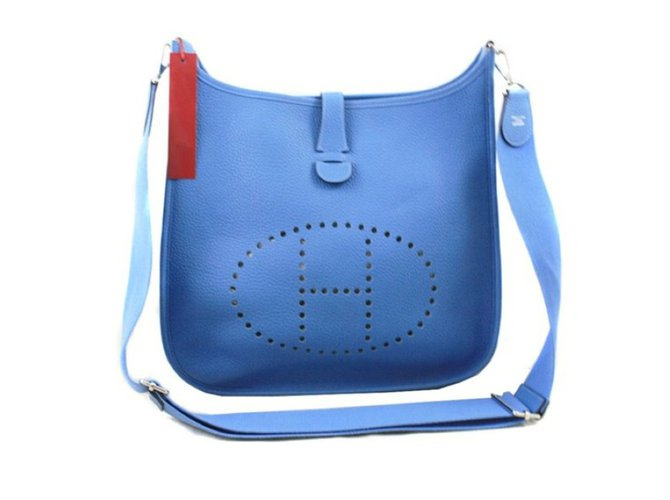 5c2a2532a13e Hermès EVELYNE III Handbags Leather Blue ref.54826 - Joli Closet