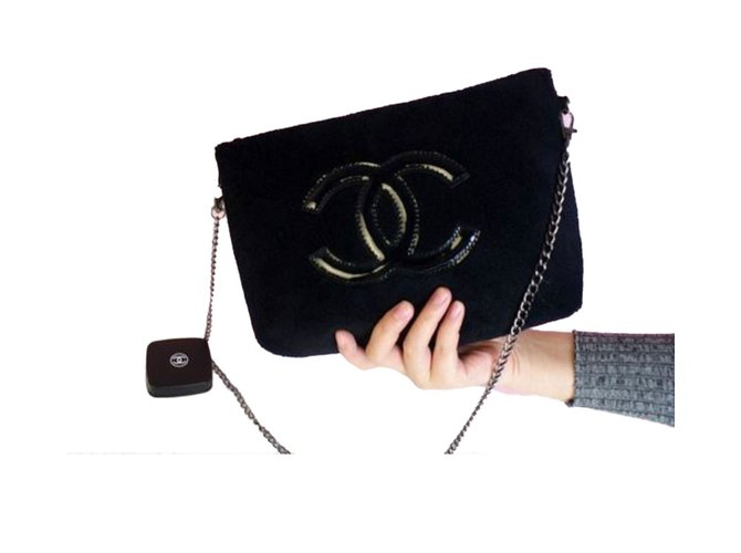 20e5d344032d Chanel Clutch bags VIP gifts Other Black ref.54997 - Joli Closet