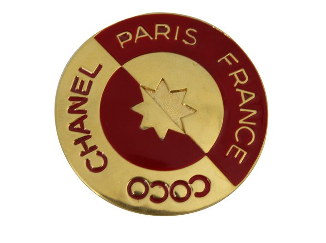 4bf3ba50cd97 Chanel Pins & brooches Pins & brooches Metal Golden ref.55070 - Joli ...