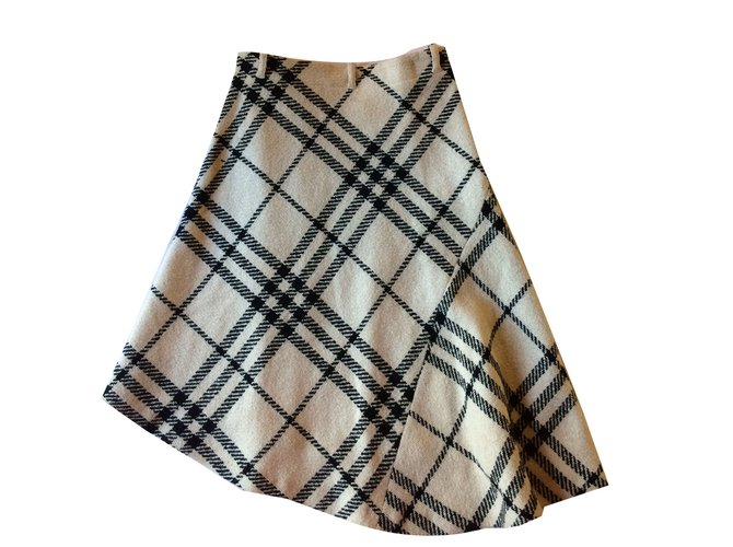 Burberry Skirts Skirts Wool Beige ref.55173