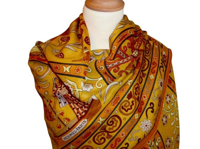 Carrés Hermès PEUPLE du VENT Cachemire Multicolore ref.55485 - Joli ... ef6ebac325f