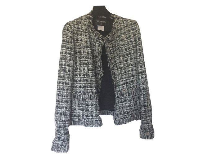 2346cf06bd96 Vestes Chanel Veste Tweed Chanel Tweed Noir,Blanc,Multicolore ref.55575