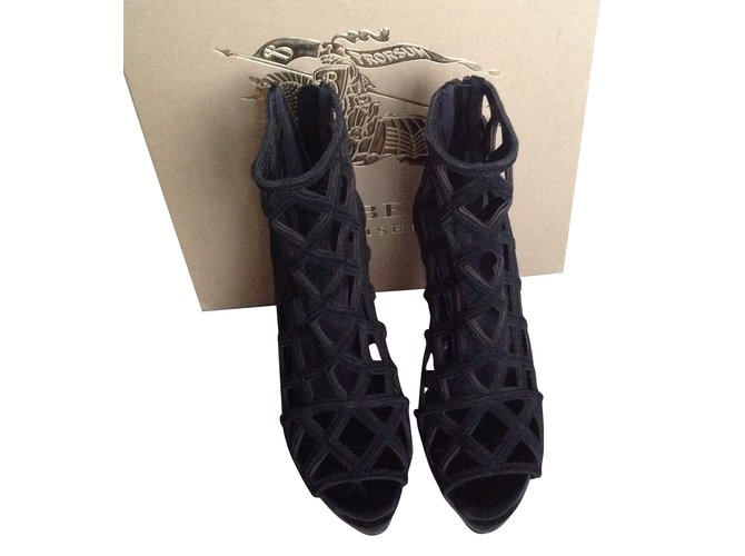 Burberry Ankle Boots Ankle Boots Deerskin Black ref.55913