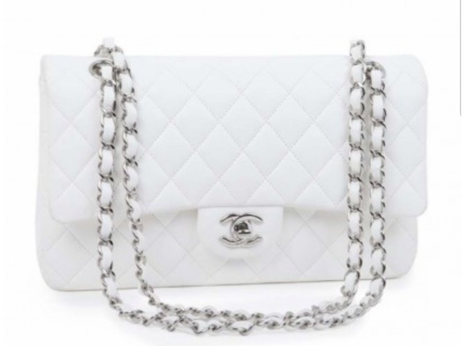 Sacs à main Chanel Sac chanel timeless Cuir d'agneau Blanc ref.56399