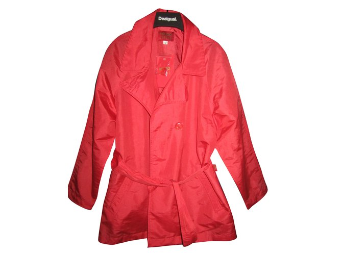 Kenzo Girl Coats outerwear Girl Coats outerwear Polyamide Red ref.56549